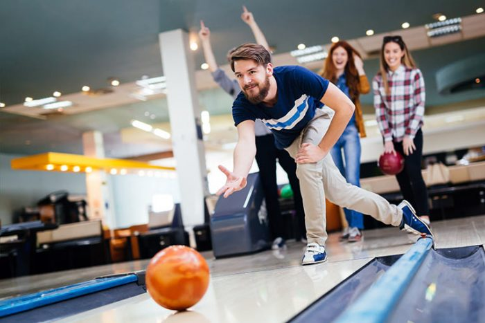 https://southernlanes.com/wp-content/uploads/teens-bowling-700x467.jpg